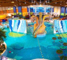 Hala basenowa w Parku Wodnym