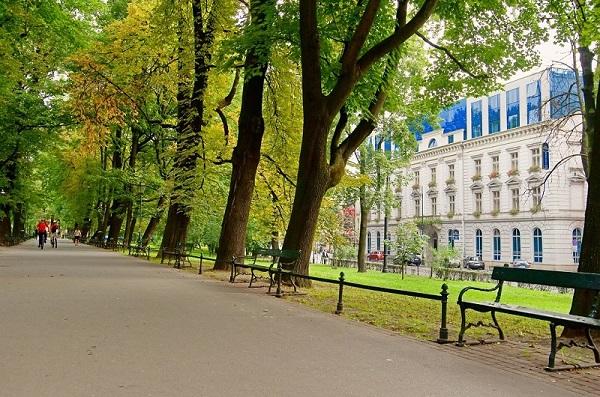 BW_Kraków_Old_Town